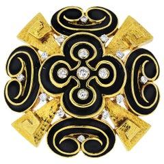 David Webb 18K Yellow Gold Black Enamel, 2.00 Carat Diamonds Heraldic Brooch