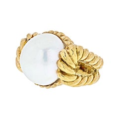 David Webb 18K Yellow Gold Mabe Pearl Ring