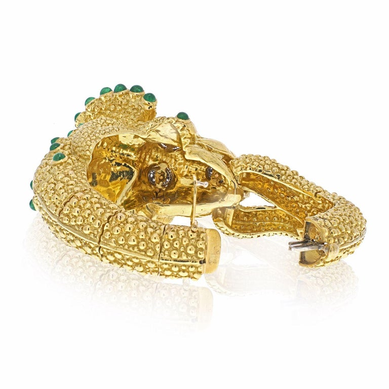 David Webb 18k Yellow Gold Triceratops Bracelet In Excellent Condition For Sale In New York, NY