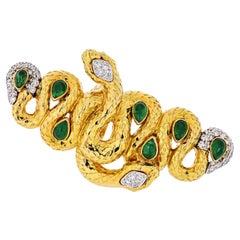 David Webb 18K Yellow Gold Two Snakes, Emeralds, Diamonds, Interlocking Ring