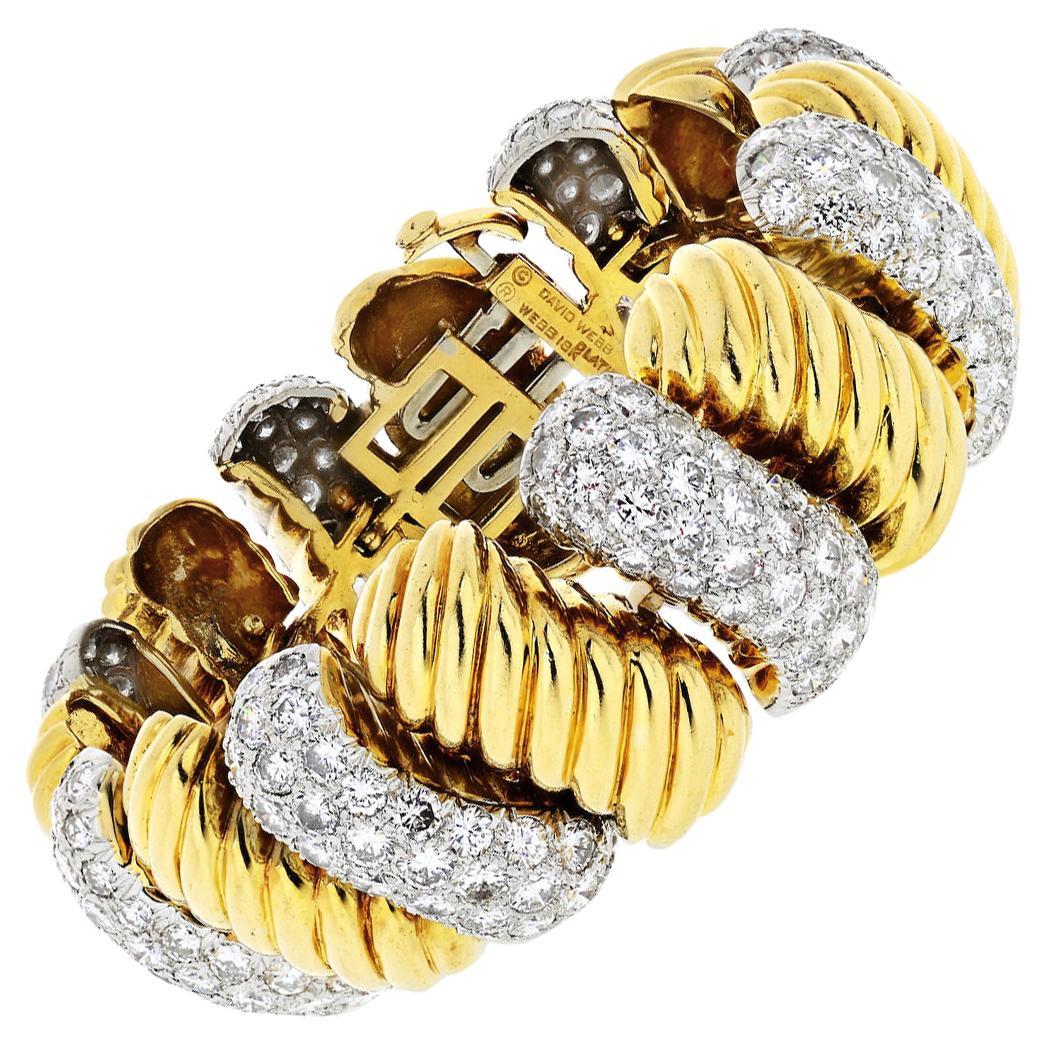 David Webb 1970s Platinum and 18 Karat Yellow Gold 20 Carat Diamond Bracelet