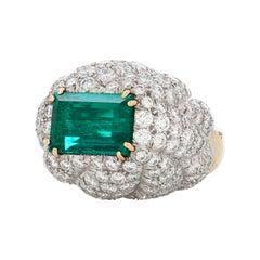 David Webb 7.20 Carat Colombian Emerald Ring in 18k Yellow Gold & Platinum