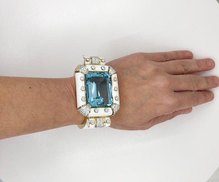 David Webb Aquamarine, Diamond White Enamel Bracelet In Excellent Condition For Sale In New York, NY