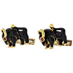 David Webb Black Enamel 18 Karat Yellow Gold Bull Cufflinks Studs