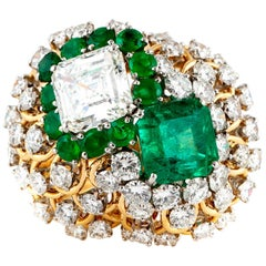 David Webb Cocktail Ring with Green Emerald and Diamonds