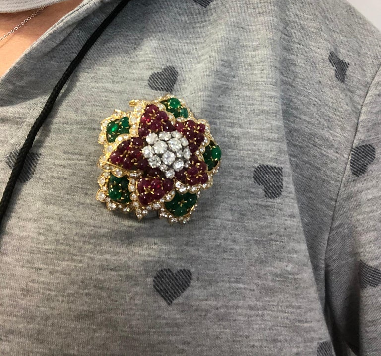 David Webb Diamond Cabochon Ruby, Emerald Brooch In Good Condition For Sale In New York, NY