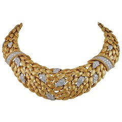 David Webb Diamond Yellow Gold Foliage Motif Necklace