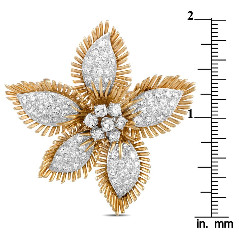 Women's David Webb Diamond Pavé Yellow Gold and Platinum Flower Brooch For Sale