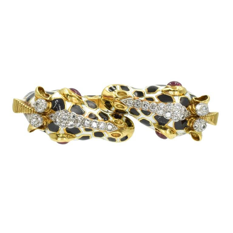 David Webb Diamond, Ruby and Enamel Giraffe Bracelet In Excellent Condition For Sale In New York, NY