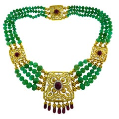 David Webb Emerald Bead Gold Necklace with Diamond and Ruby Accents, 1970s