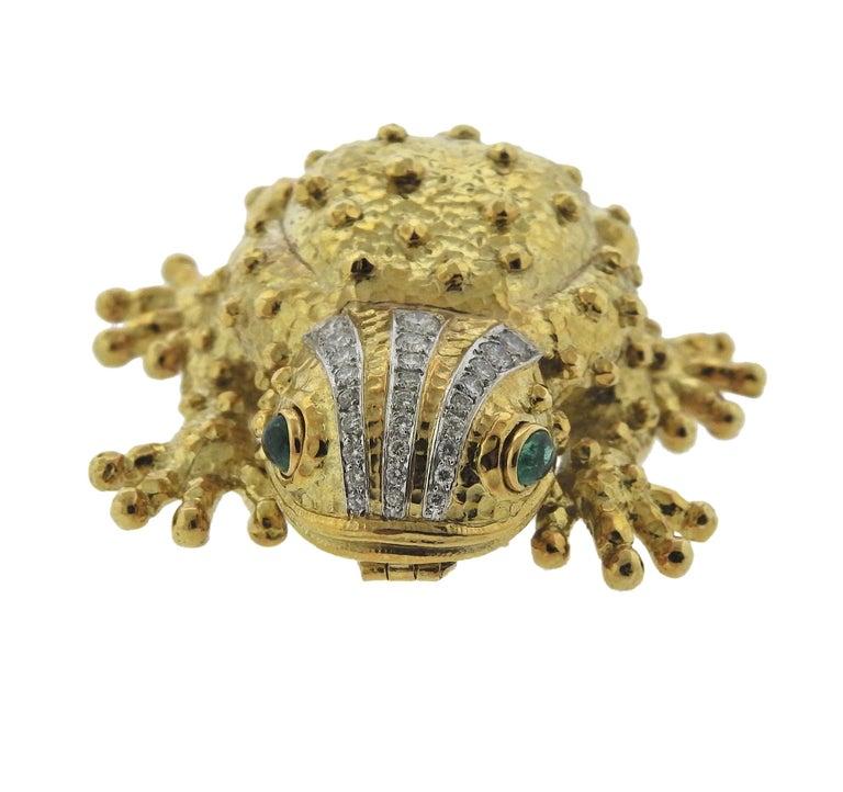 Round Cut David Webb Emerald Diamond Gold Platinum Brooch Pendant For Sale