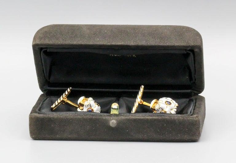 David Webb Enamel Sapphire 18 Karat Gold Lion Head Cufflinks For Sale 1