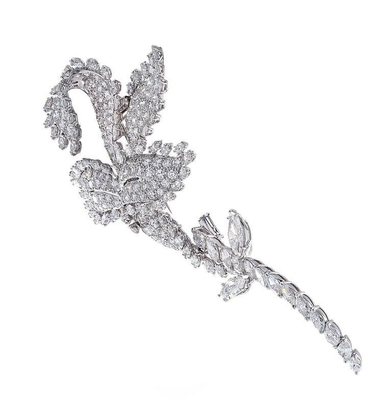 David Webb Flower Diamond Brooch Pin In Good Condition For Sale In Miami, FL