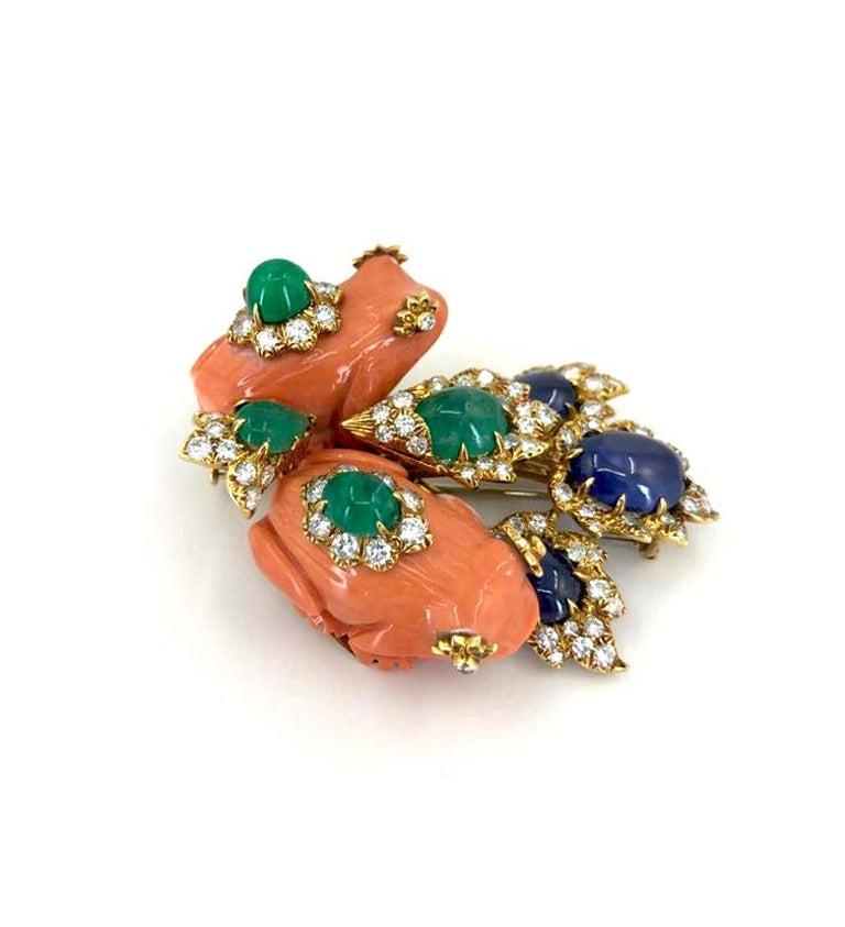 Round Cut David Webb Diamond Coral Cabochon Emerald Gold Frog Brooch For Sale