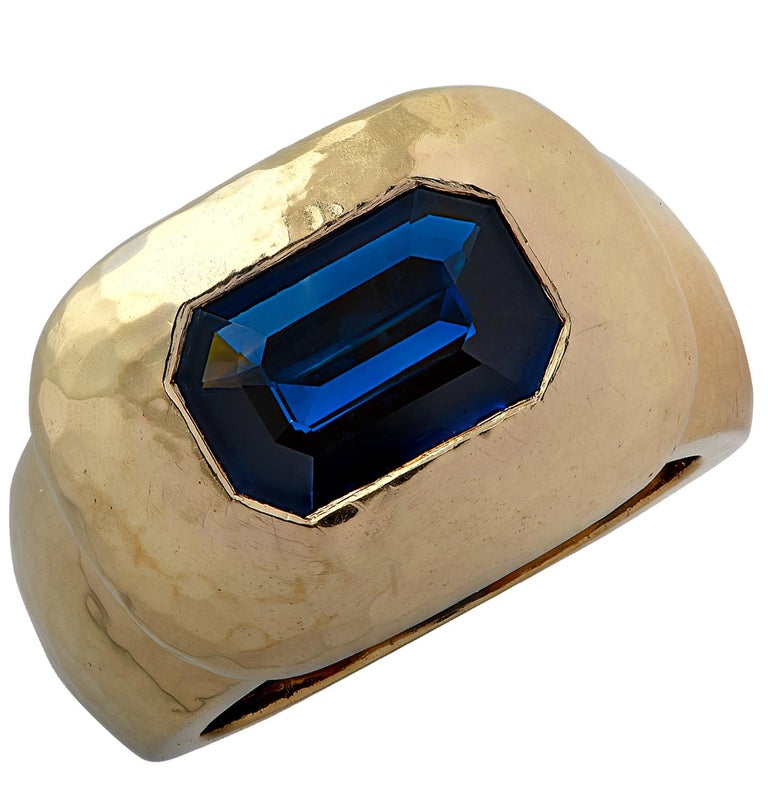 David Webb GIA Certified 3.61 Carat Sapphire Ring In Good Condition For Sale In Miami, FL