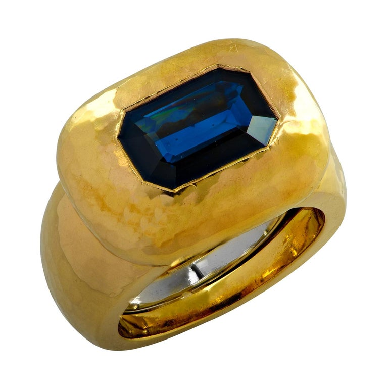 David Webb GIA Certified 3.61 Carat Sapphire Ring For Sale