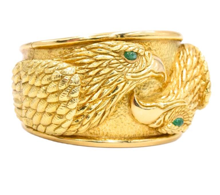 Women's or Men's David Webb Gold and Emerald Eagle Cuff Bracelet For Sale