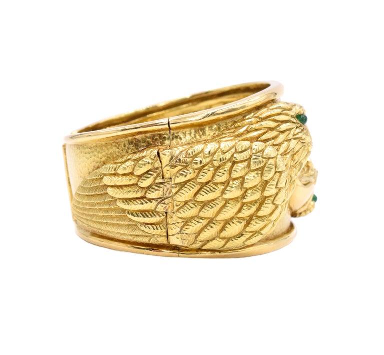 David Webb Gold and Emerald Eagle Cuff Bracelet For Sale 2