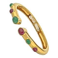David Webb Gold Cabochon Ruby and Emerald Bangle Bracelet