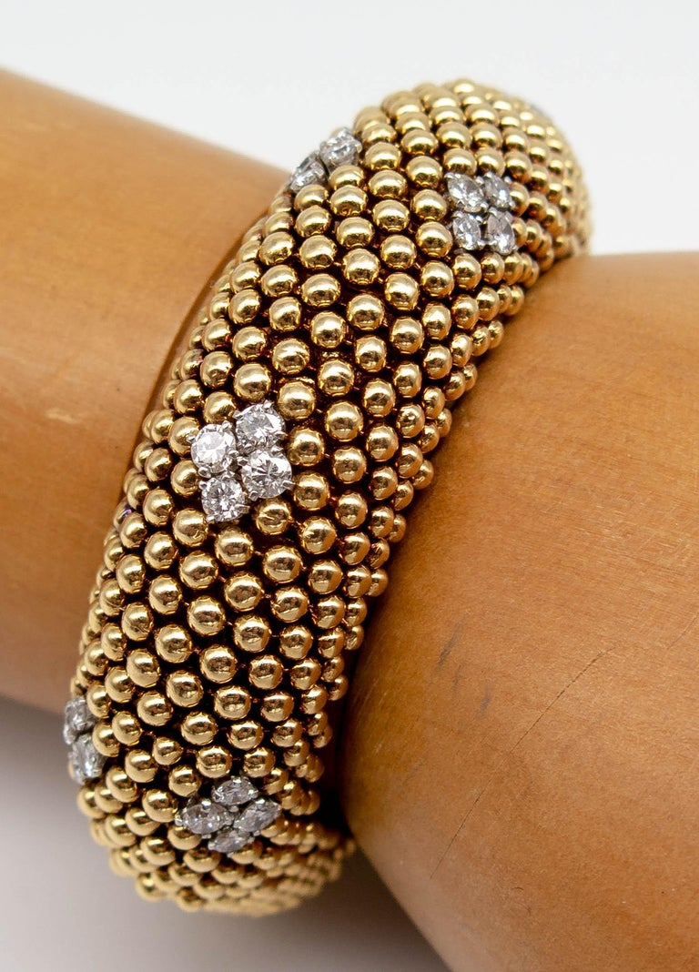 David Webb Gold Diamond Bracelet In Excellent Condition For Sale In New York, NY