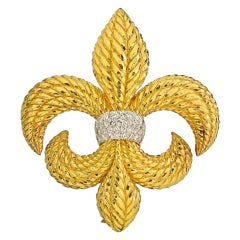 David Webb Gold Large 1.80 Carat Diamond Platinum 18 Karat Fleur-De-Lis