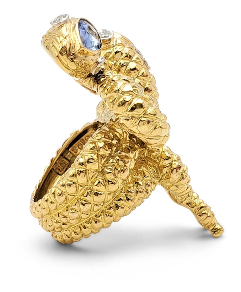 David Webb Gold Sapphire and Diamond Double Serpent Ring In Excellent Condition For Sale In New York, NY