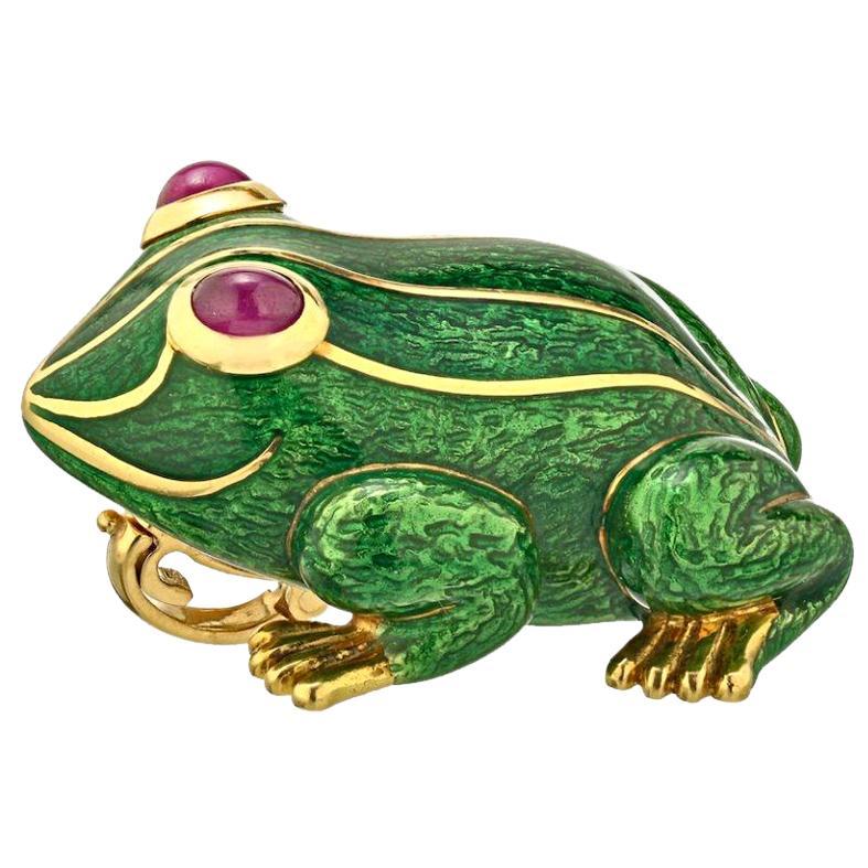 David Webb Green Enamel and Gold Frog Pin Brooch Pendant