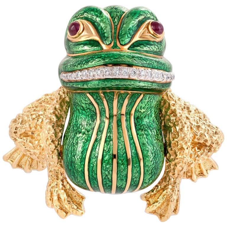 David Webb Green Enamel Bull frog Brooch with Diamonds & Rubies in 18KY Gold For Sale