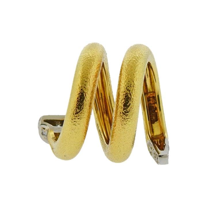 Women's David Webb Hammered Gold Platinum Diamond Nail Wrap Ring For Sale