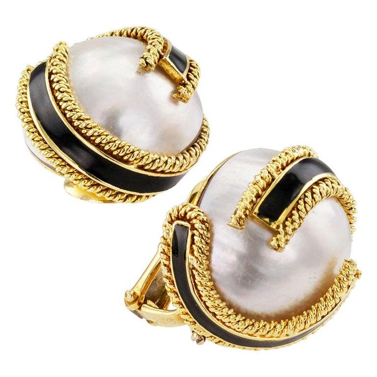 Women's David Webb Mabe Pearl Black Enamel Gold Ear Clips For Sale