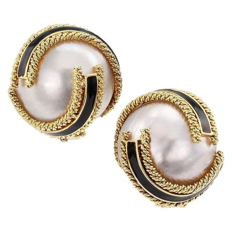 David Webb Mabe Pearl Black Enamel Gold Ear Clips For Sale