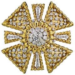 David Webb Maltese Cross 18 Karat Yellow Gold Diamond Brooch