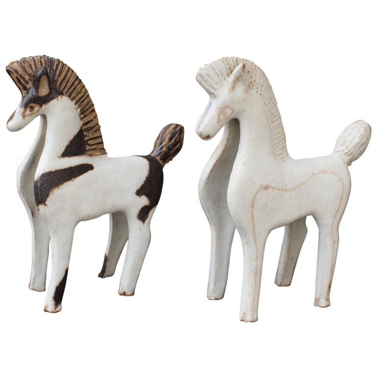 Set of Two Ceramic Horses by Bruno Gambone, Italy, circa 1970s For Sale