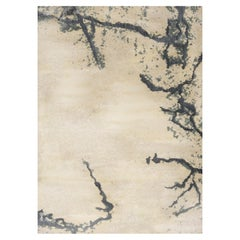 Brabbu Gobi Handgetufteter Tencel Teppich aus Sand und dunkelgrau
