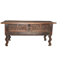 Florentine Renaissance Table in Italian Dark Walnut, 16th Century