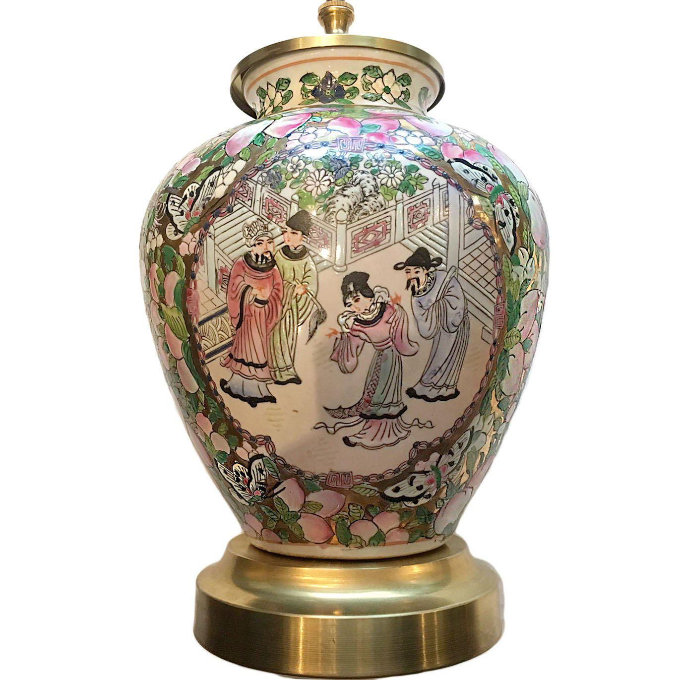 Vintage Chinese Court Scene Table Lamp
