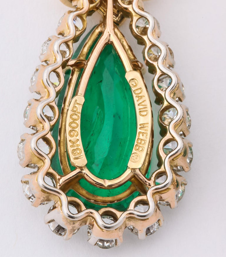 David Webb Pear Shaped Emerald Diamond Gold Earrings In Good Condition For Sale In New York, NY