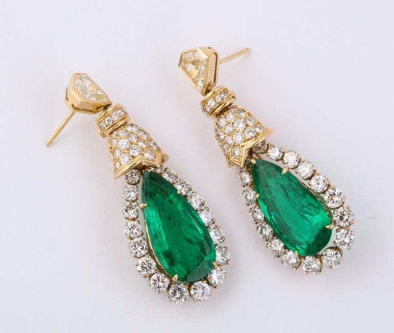 Women's David Webb Pear Shaped Emerald Diamond Gold Earrings For Sale