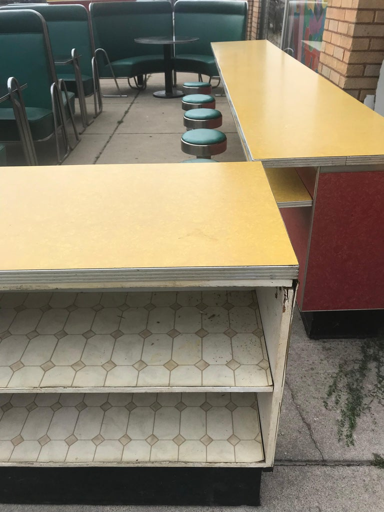 Original Art Deco Diner, Seats 40 Designed by Wolfgang Hoffmann for Howell 1930s For Sale 4