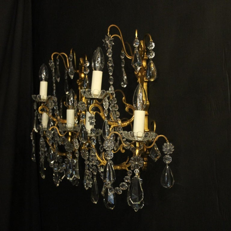 French Pair Of Gilded Bronze and Crystal Antique Wall Lights For Sale 4