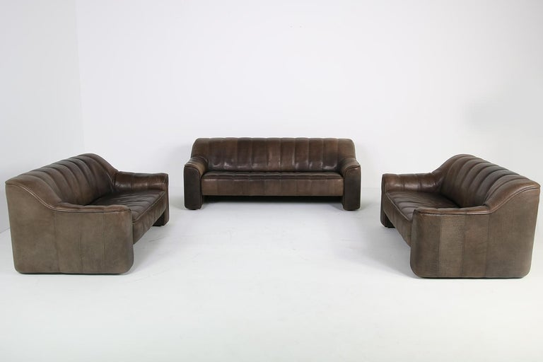 1970s Vintage De Sede DS 44 Three-Seat Buffalo Leather Sofa, Brown For Sale 5