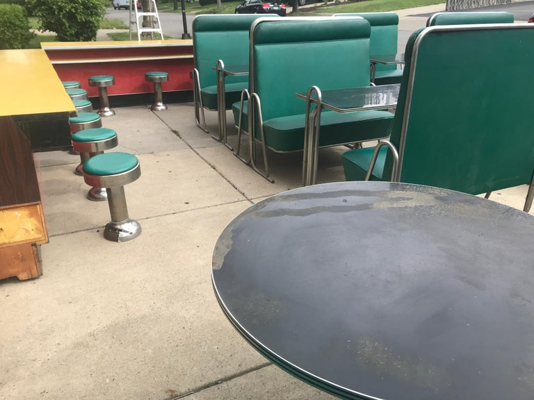 Original Art Deco Diner, Seats 40 Designed by Wolfgang Hoffmann for Howell 1930s For Sale 10