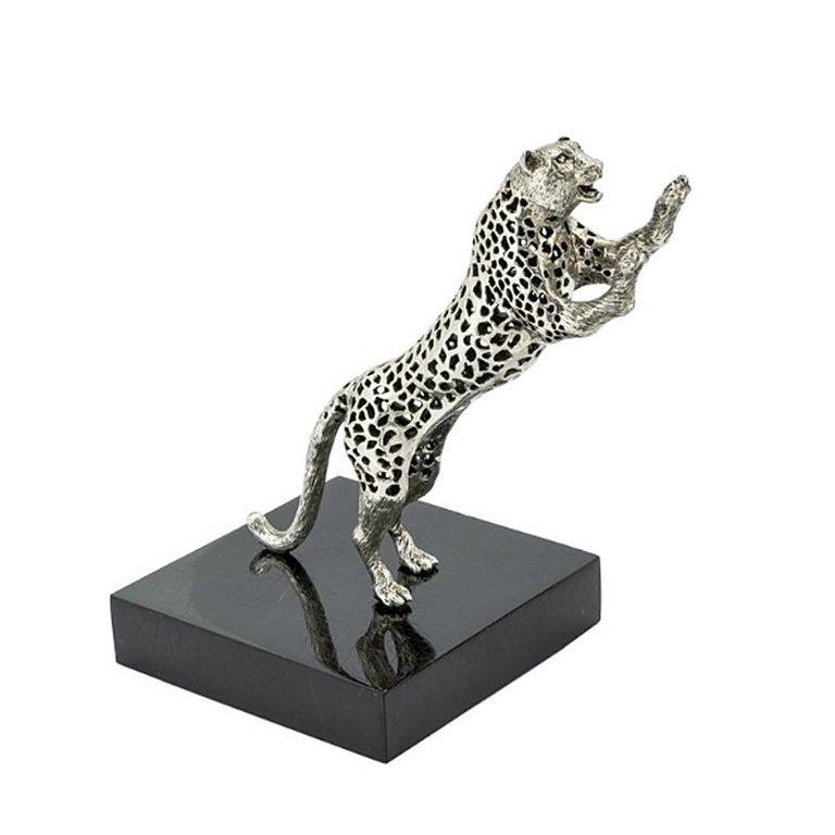 Bookend Leopard Set of two in silver plated brass on black polished glossy base.