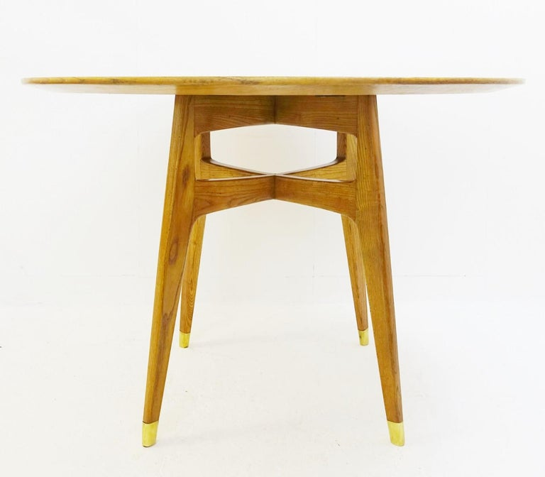 Rond dinning table by Gio Ponti, Italy, 1950s.