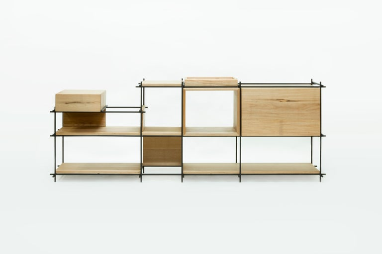 This sideboard can also be at the same time a buffet and a bookshelf. The