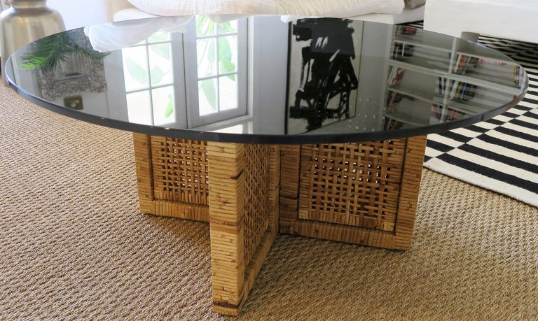 Woven bamboo or rattan coffee or cocktail table, new round smoked glass top, perfect condition with vintage patina, Italy, 1960s.