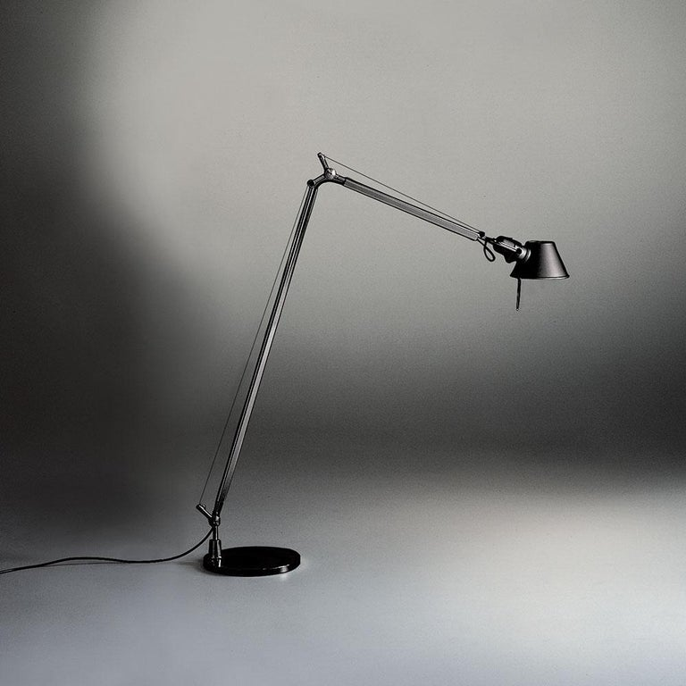 Modern Artemide Tolomeo Reading Lamp in Black by Michele De Lucchi & Giancarlo Fassina For Sale