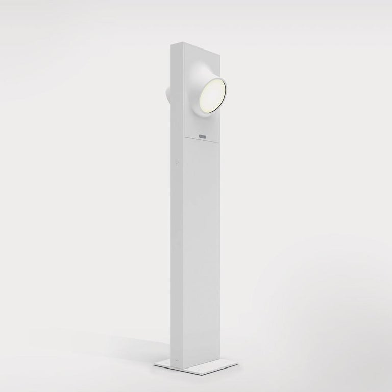 Modern Artemide Ciclope 90 Unilateral Floor Light in White by Alessandro Pedretti For Sale