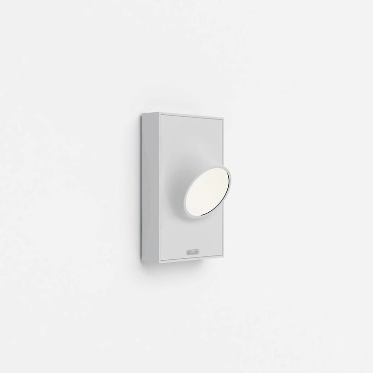 Modern Artemide Ciclope Wall Light in White by Alessandro Pedretti For Sale