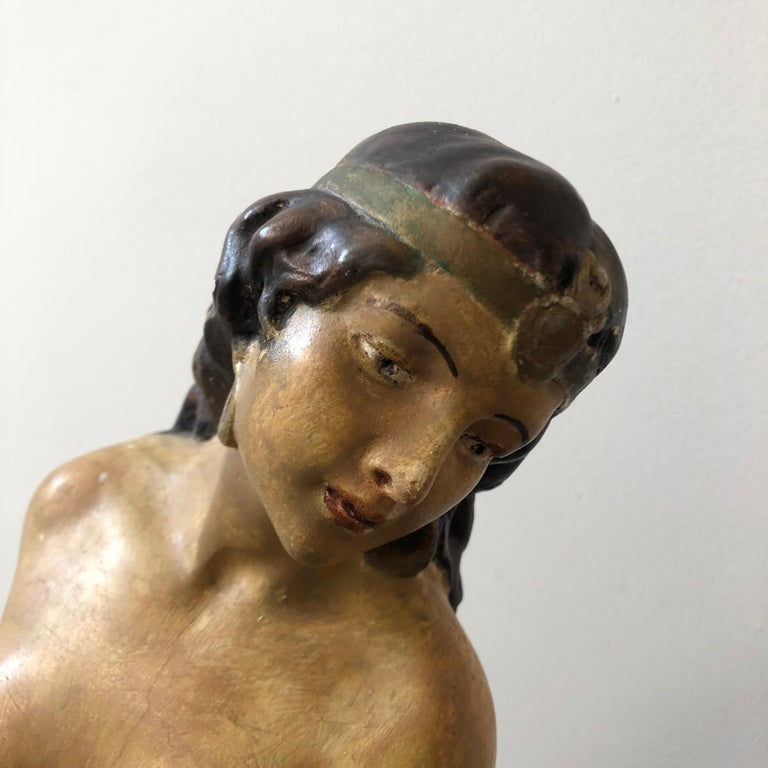Neoclassical Revival Italian Plaster Statue of a Woman with an Amphora, circa 1930 For Sale